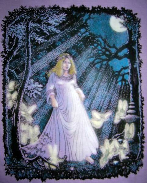Moon Maiden, in color on lavender T, T-shirt design © David Carrigan